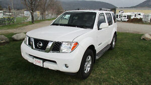2007 Nissan Pathfinder Nismo Off Road SE SUV, Crossover