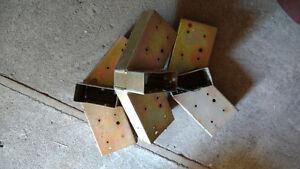 7 metal Shed truss brackets