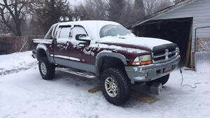 2002-2004 dodge dakota parts truck wanted
