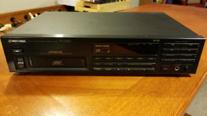 Pioneer 6 Disc CD Player