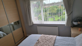 Fully furnished room in Duston