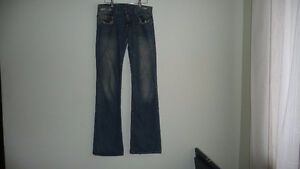 2 PANTS FOR 30 $