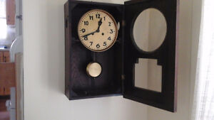 horloge presque centenaire