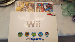 ** NINTENDO WII SPORTS & 2 GAMES ** YOU'RE GOING TO LOVE THIS **
