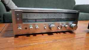 Sony stereo integrated amp STR-313