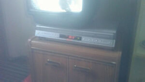 DVD Video Player / Video Cassette RecorderVHS DVD