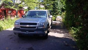 2004 Chevrolet Silverado 2004 5.3 Vortec Jante 16 Pouces