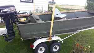 Duck hunting fishing boat
