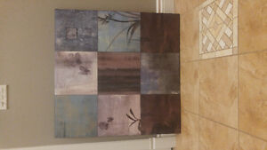 Canvas wall art in excellent condition
