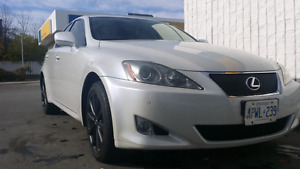 Lexus IS250 AWD - Fully loaded- Navi- leather