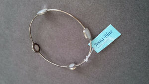 Silver New White Stone Bracelet - for sale ! Kitchener / Waterloo Kitchener Area image 1