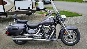 Only 1600 kms Yamaha Roadstar Silverado, Injury forces sale