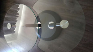 Swivel glass & chrome coffee table