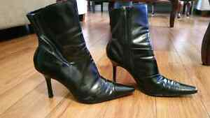Ladies boots $7 each