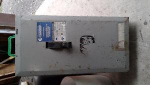 Boîte électrique  200 ampères