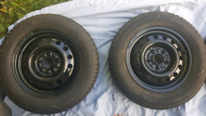 """195/65/R15 """"Winter Edge"""" tires. Ice & snow. Only 6000km"""