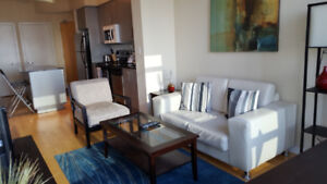 OCTOBER 21: Furnished Downtown 1 Bed+Den next to Union
