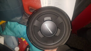 Subwoofer 1300whats
