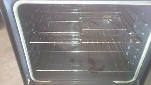 Samsung Induction Stove ( needs repair ) Cambridge Kitchener Area image 3