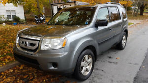 2009 Honda Pilot. Great in the Snow! 8 Seats!