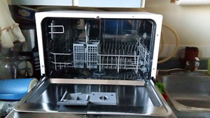 Counter top dish washer