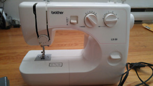 Sewing Machine & Bundle!