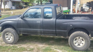 1997 Toyota Tacoma 3.4L V6 manual Pickup Truck