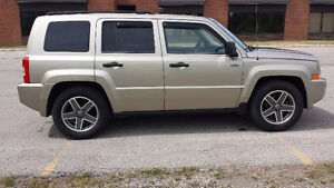 2009 Jeep Patriot Sport SAFETIED & E-TESTED London Ontario image 4