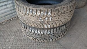 Pair of 2 Triangle Winter 205/60R16 WINTER tires (90% tread life