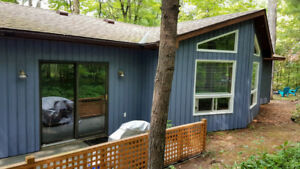 Grand Bend Cottage, Southcott Pines **May & June Availability**