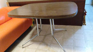 Vintage dining table in perfect condition