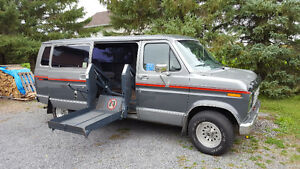 1990 Ford E-150 Handicap ready to drive