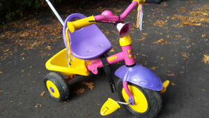 Toddler's deluxe tricycle / tricycle deluxe pour jeune enfant