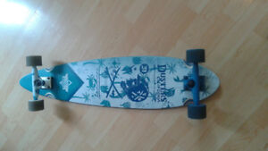 new longboard  with receipt paid 165$ asking 80 $ in bathurst