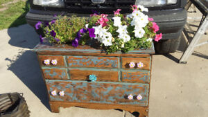 Double flower basket stand