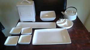 Ten piece dish set