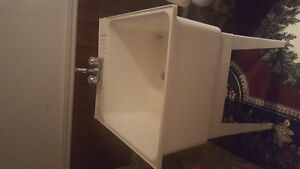 Brand new laundry tub and tops never been used just out of the b