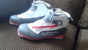 Salomon Siam 7 Pilot CF Ladies Cross Country Ski Boots 2016