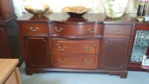 Really nice vintage buffet in great condition