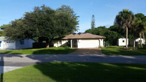 Vacation House with Pool - the Best of Florida for Christmas