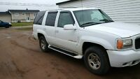 2000 Cadillac Escalade Other