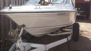 16 FOOT SEA RAY BOWRIDER WITH TRAILER