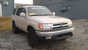 2000 Toyota 4Runner sr5 part out