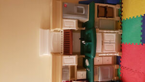 Step 2 Deluxe Lifestyle Kitchen Playset