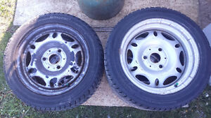 Set of 4 winter tires on rims for Smart car fortwo