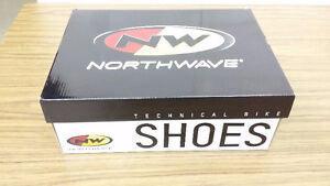 Northwave Men's Sonic 2 Carbon Cycling Shoes