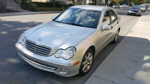 Mercedes Benz C230 1.8L 2005 Economique