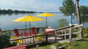 3 BED Cottage at Cherry Beach Lakefront