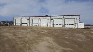 Commercial/Industrial Building for Lease in Sylvan Lake, AB