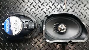 """Hogtunes 5""""×7"""" speakers"""